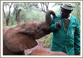 Mwashoti with his keeper.